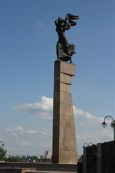 Купить памятник могилев комплекс памятники в омске цена Сызрань