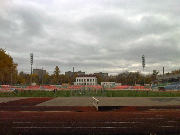 Футбольный стадион локомотив город дмитров