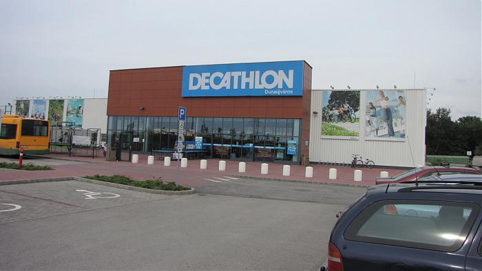 Decathlon Dunaujvaros Sportaruhaz Dunaujvaros