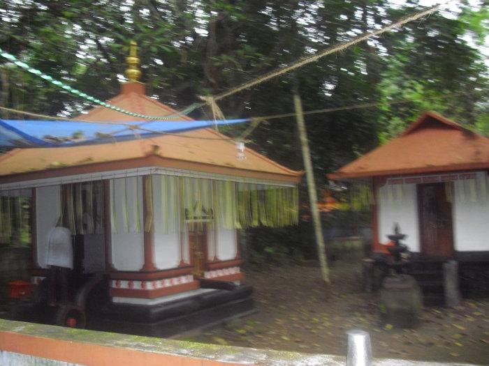 Eyyal, Kizhakoott Tharavadu Temple (Eyyal)