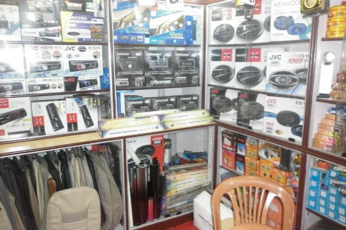 STYLING (ALL TYPE OF CAR ACCESSORIES AVABLE HERE)Mob-9861768544