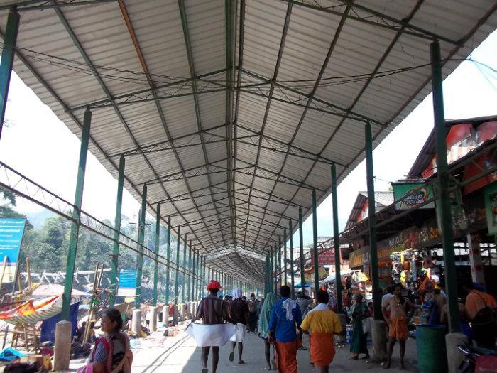 Nice Roofed Pathway / Corridor Upto Kannimoola Ganapathy Temple