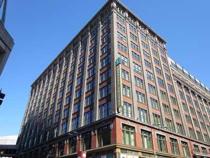 The Laurel Apartments Embassy Suites St Louis Downtown