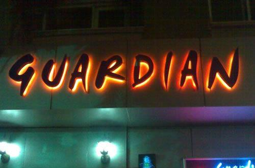 Guardian Bar , izmir