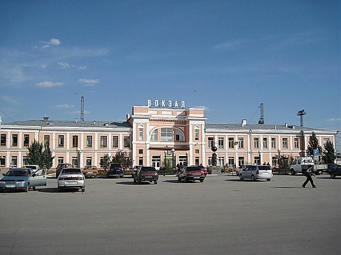 Kartaly railroad station - Kartaly: http://wikimapia.org/14184253/Kartaly-railroad-station