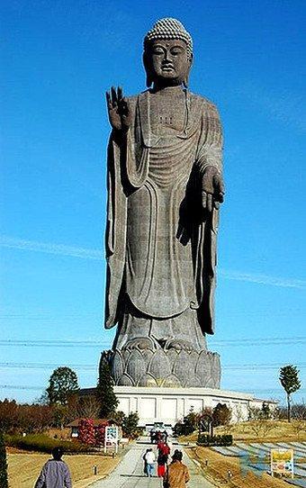 Ushiku Daibutsu (Great Buddha of Ushiku) - Ushiku, Ibaraki