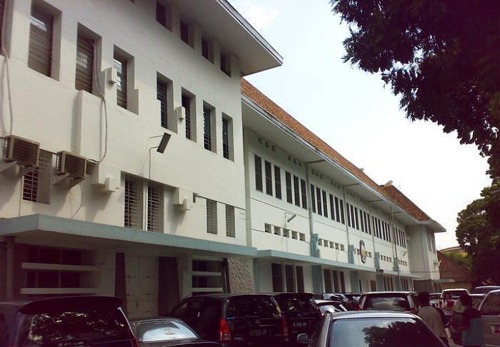 SMA Santa Aloysius Bandung. Foto: wikimapia