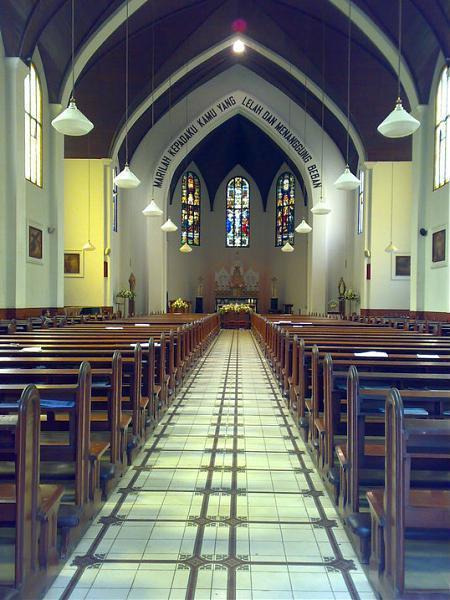 Katedral santo petrus (bandung)