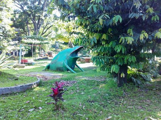 Taman , taman bermain , tempat menarik