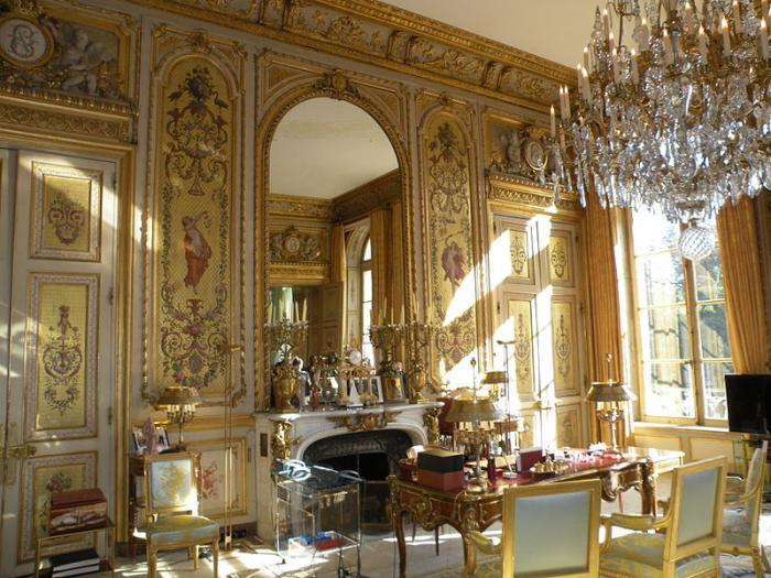 palais de l 39 lys e office and residence of the president paris. Black Bedroom Furniture Sets. Home Design Ideas