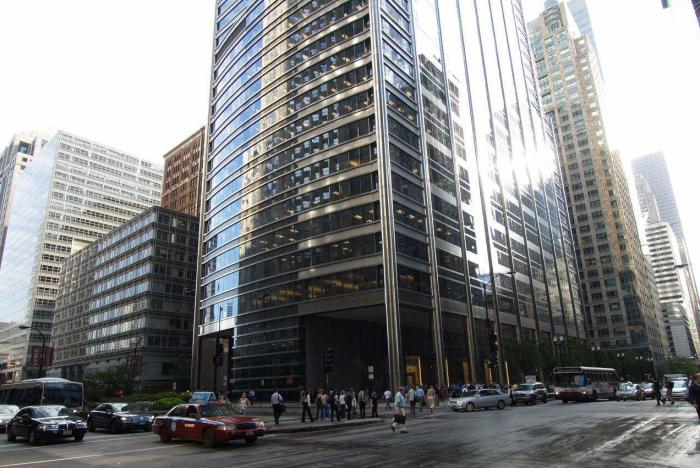 UBS Tower - Chicago, Illinois | building, office building