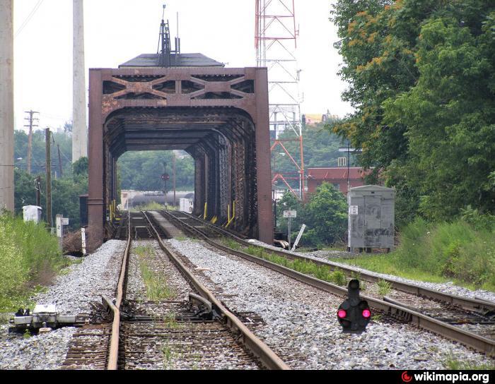 Swinging bridge in york pa