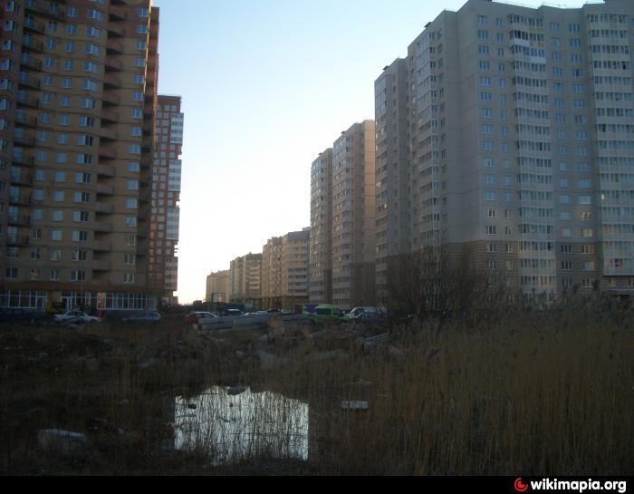 Строительство торгового центра - Санкт-Петербург: http://wikimapia.org/21978482/ru/Строительство-торгового-центра