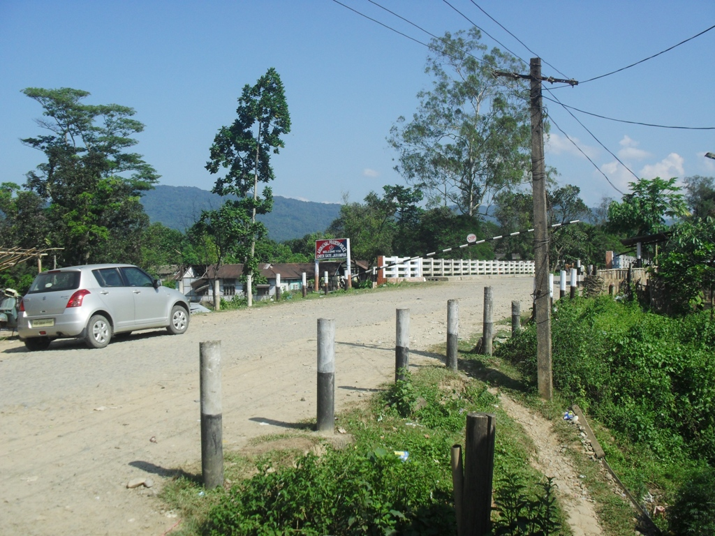 Assam - Arunachal Border Check Gate - Jairampur