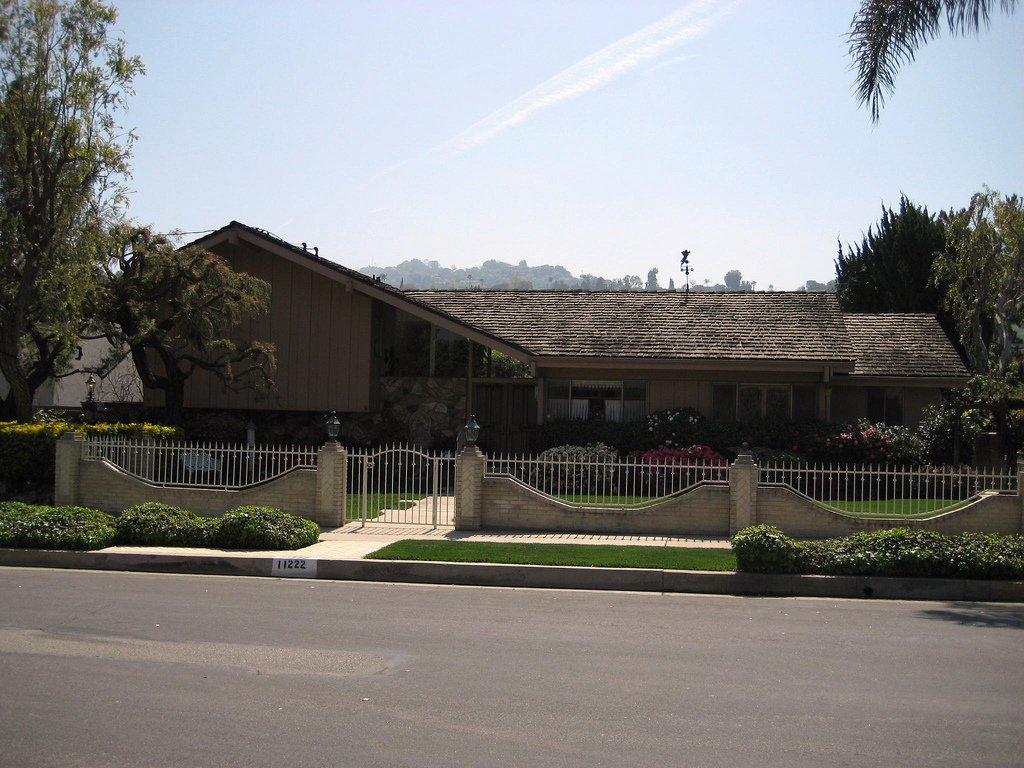 The Real Brady Bunch House Los Angeles California