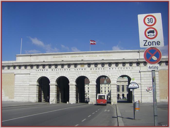 gates of vienna - 699×528