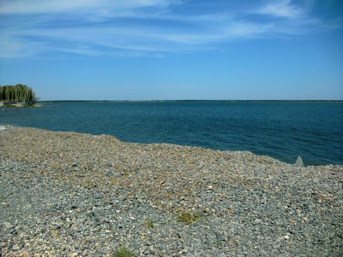 каменный берег Сугояка (25.04.2017) - Озеро Сугояк