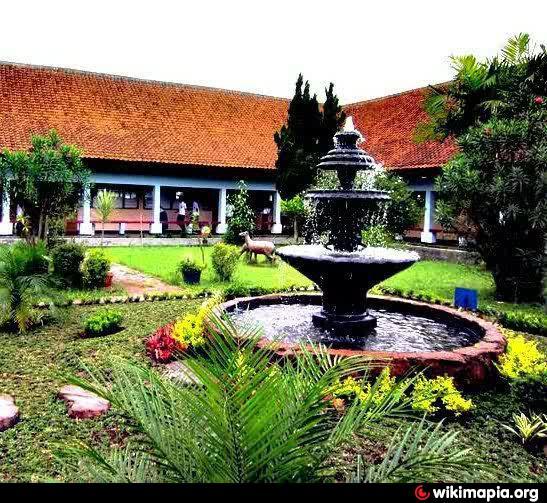 Ruang Terbuka Hijau Aka Taman Cinta Bandung