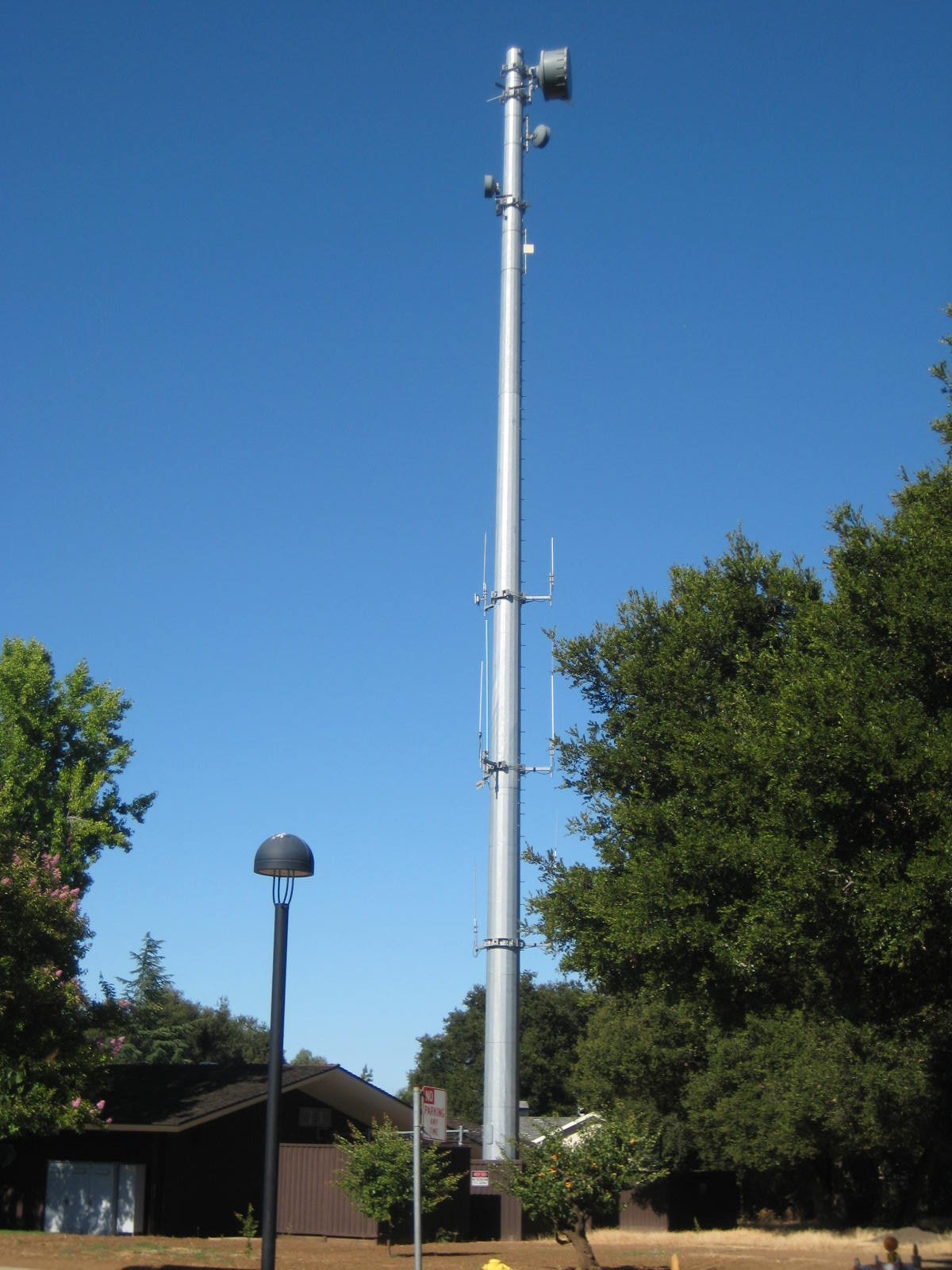 Oakland Police Scanner >> Police Radio Tower - Los Altos, California