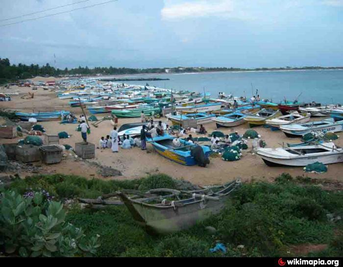 Hambantota Sri Lanka  city pictures gallery : Hambantota Fisheris Harbour