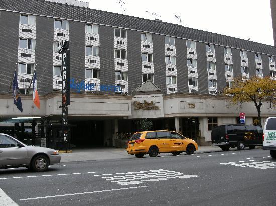 Skyline Hotel - New York City, New York