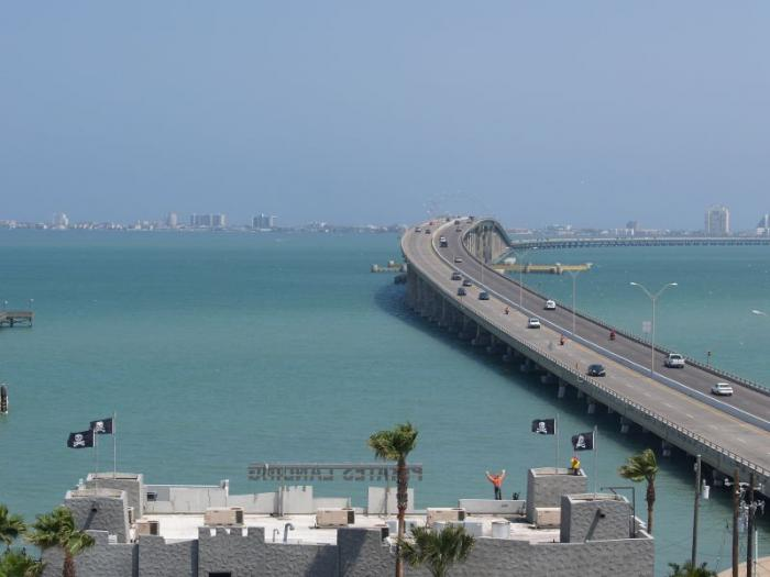 Queen isabella causeway for Port isabel fishing