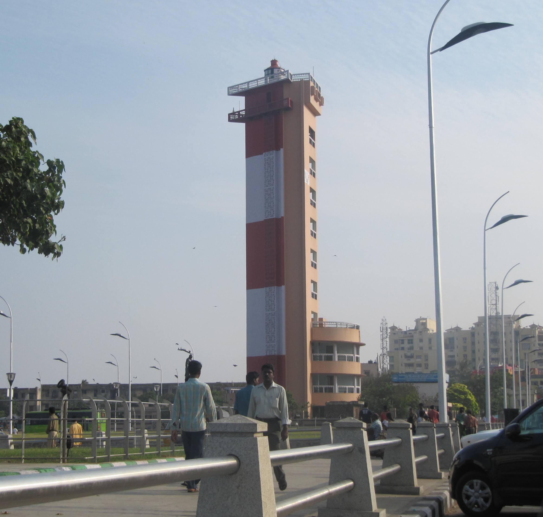 Artnlight Madras Terrace House Chennai: கலங்கரை விளக்கம்,Chennai Light House