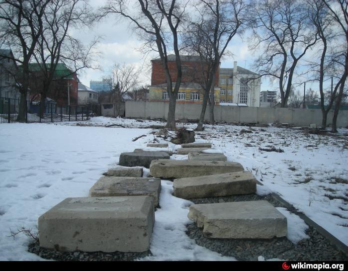 Где памятник я западное кладбище воронеж купить памятник в москве а