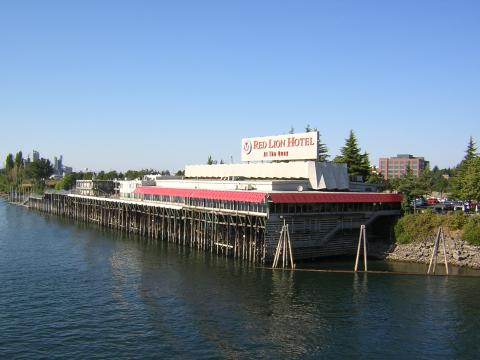 Red Lion Hotel Vancouver At The Quay