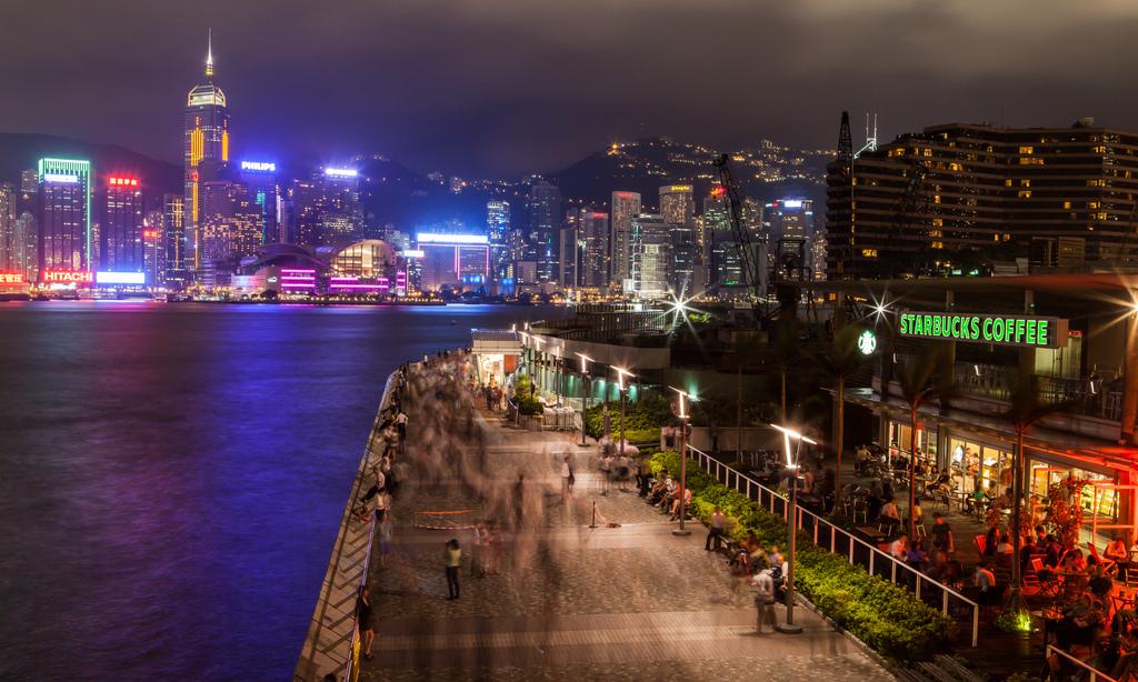 是位于香港的香港岛和九龙