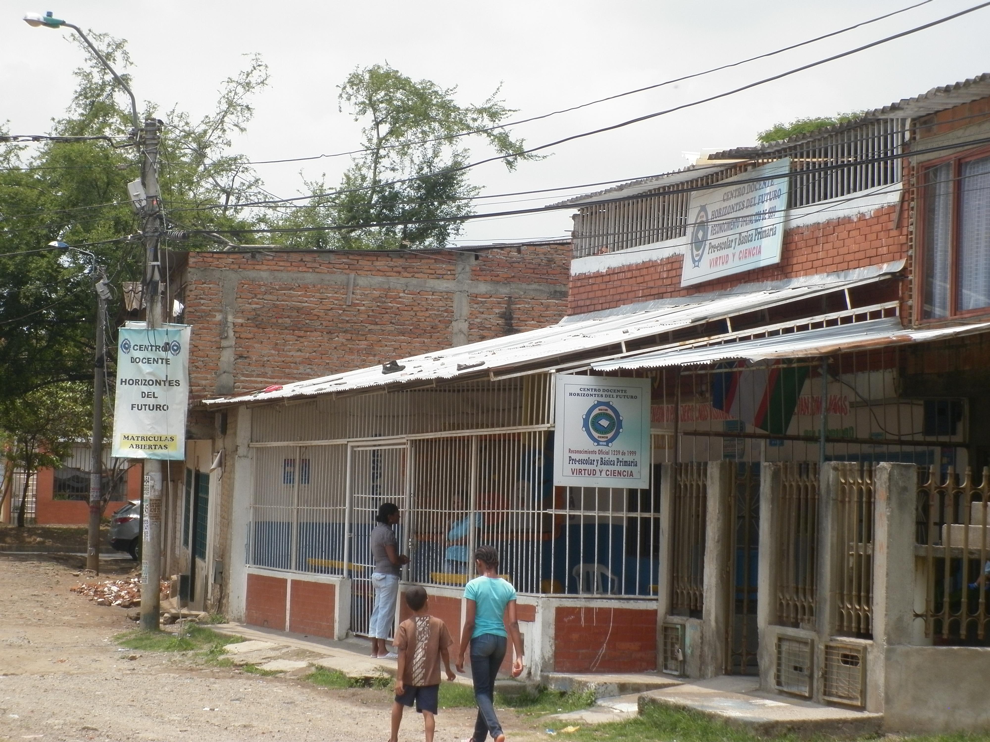 Centro docente horizontes del futuro cali barrio omar for Barrio el jardin cali colombia