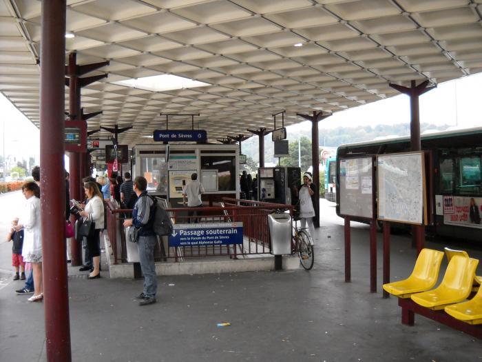 Gare routi re du pont de s vres boulogne billancourt - Gare routiere porte de bagnolet ...