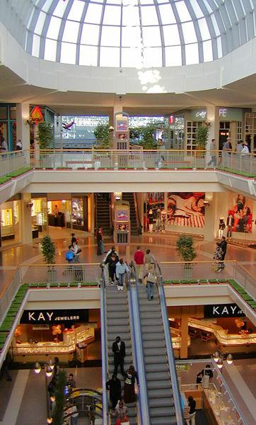 Shop at Macy's Mall of America, Bloomington, MN for women's and men's apparel, shoes, jewelry, makeup, furniture, home decor. Check for hours and gassws3m047.gaon: S.W. Court, Bloomington, , MN.