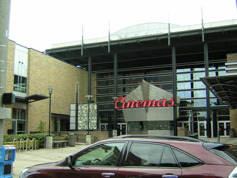 Check showtimes & buy movie tickets online for Regal City Center Stadium Located at C Street Vancouver, WA >>>Location: C Street Vancouver, WA.