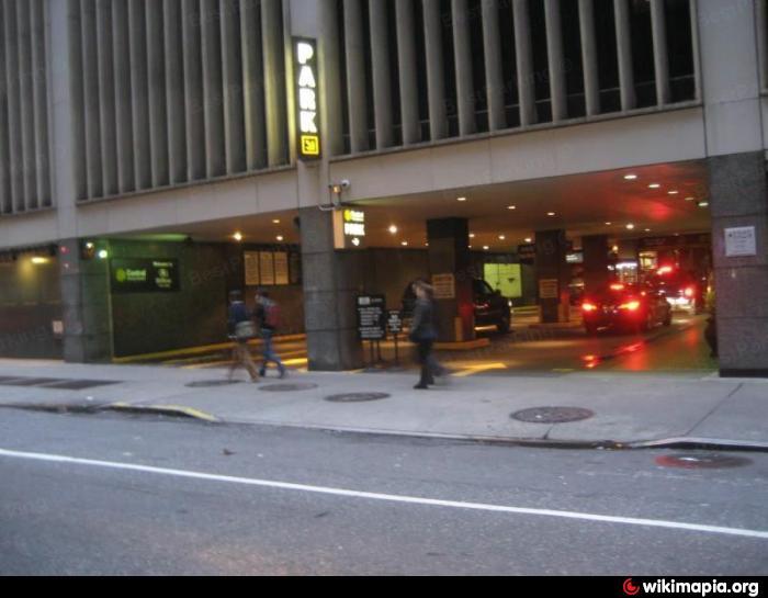 Cps hilton hotel multistorey parking garage new york for New york city parking garage