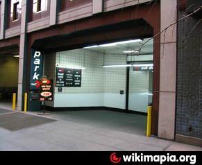 Gmc parking cityspire garage new york city new york for Parking garages new york city