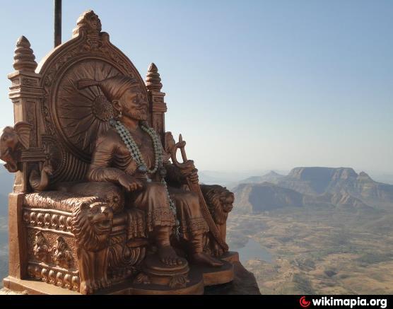 chhatrapati shivaji maharajanchi murti