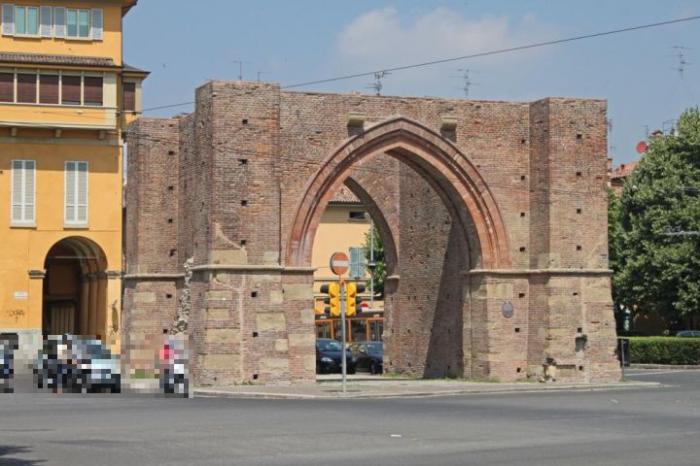 Porta maggiore o porta mazzini bologna porta della citt for Porta maggiore
