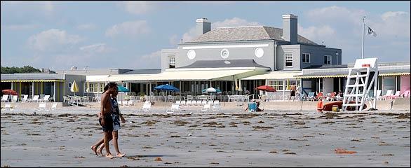 Baileys Beach Spouting Rock Beach Association