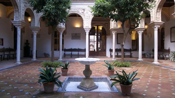 Maison de los pinelo s ville - La casa de los uniformes sevilla ...