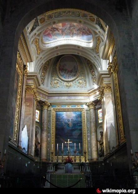 Cattedrale di san zeno interno pistoia for Chiesa di san leone pistoia