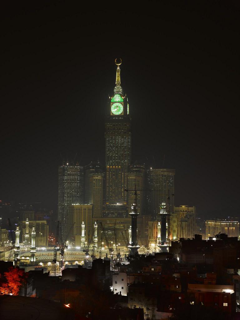 abraj al bait towers king abdul aziz endowment makkah. Black Bedroom Furniture Sets. Home Design Ideas