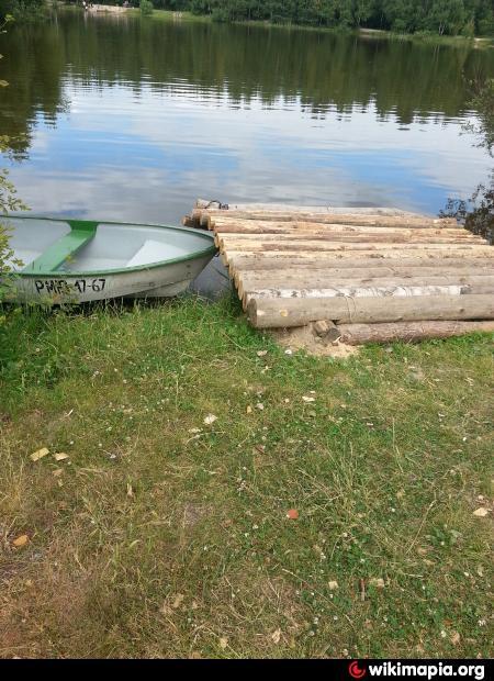стоянки для лодок на иваньковском водохранилище