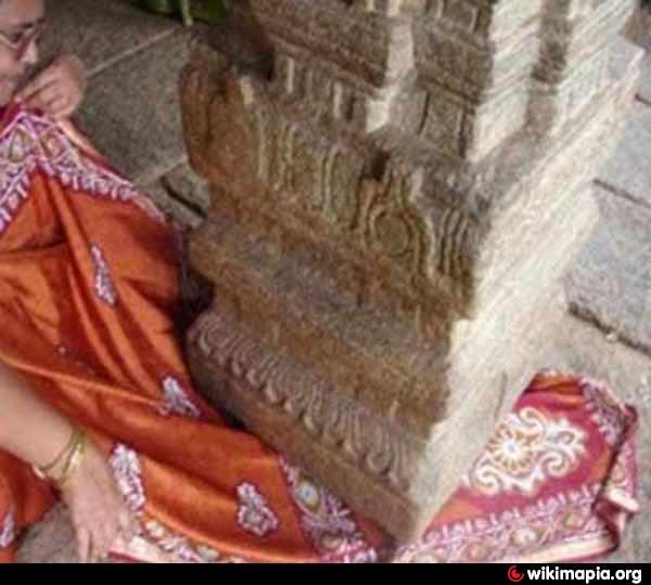Interesting Places Wikipedia: Lepakshi Veerabhadra Temple - Lepakshi