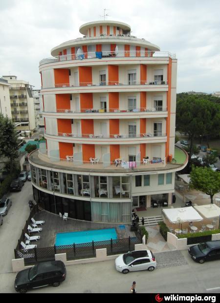 Hotel fenice 4 milano marittima for Hotel fenice milano