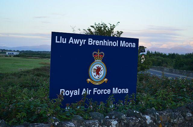 Llangefni United Kingdom  city images : RAF Mona IATA: N/A, ICAO: EGOQ .