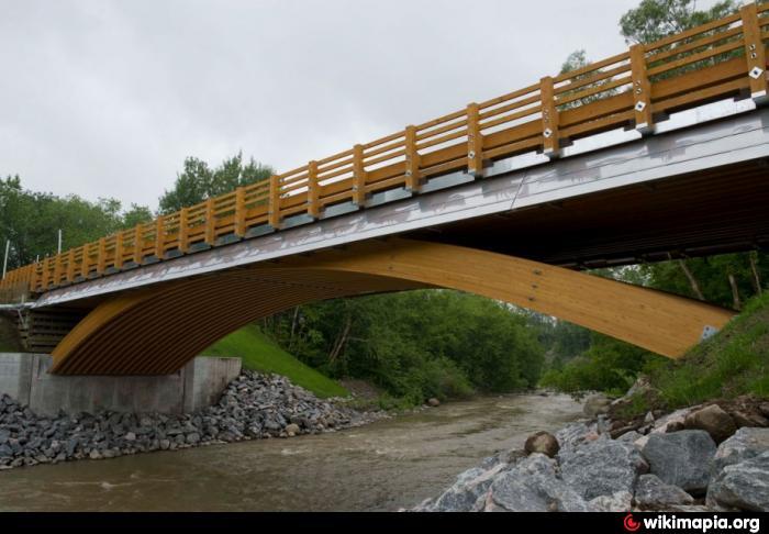 Pont en bois de la rue Bishop  Portneuf ~ Construction De Pont En Bois