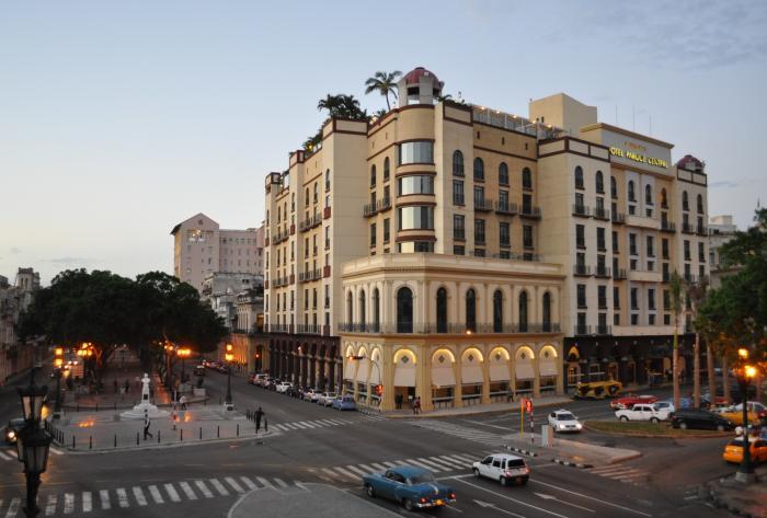 Hotel parque central 5 la habana la habana for Calle neptuno e prado y zulueta habana vieja habana cuba