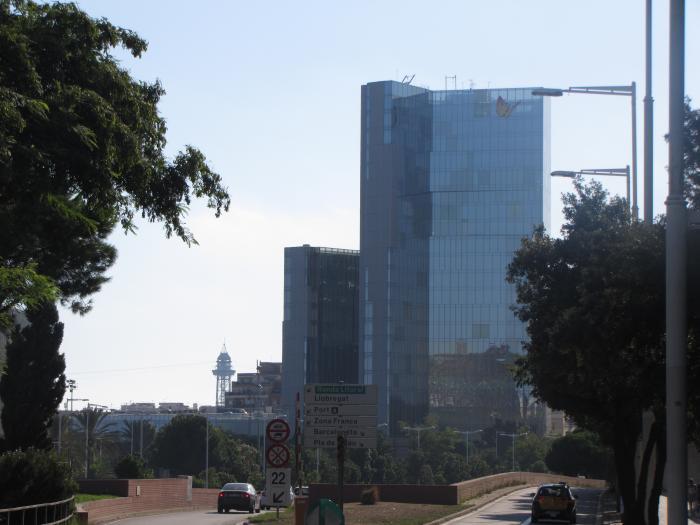 Edifici gas natural torre mare nostrum barcelona for Oficina gas natural badalona