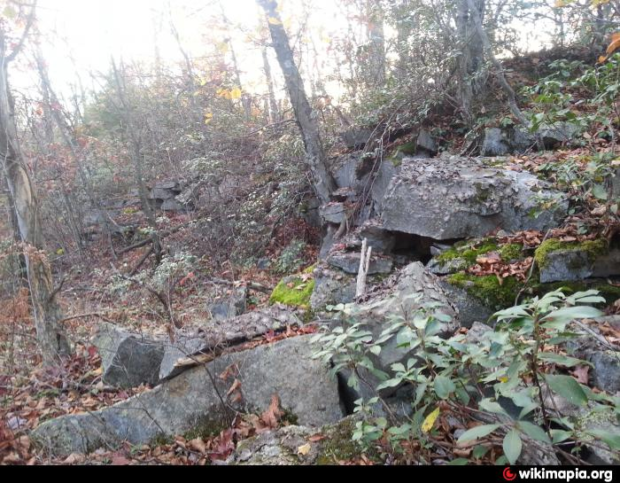 Stoystown Auto Wreckers >> Bare Rock Quarry (Abandoned)